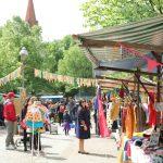Berlin Neukölln: Flohmarkt Fesche Lotte