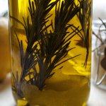 Zitronen Rosmarin Öl selber machen Anleitung