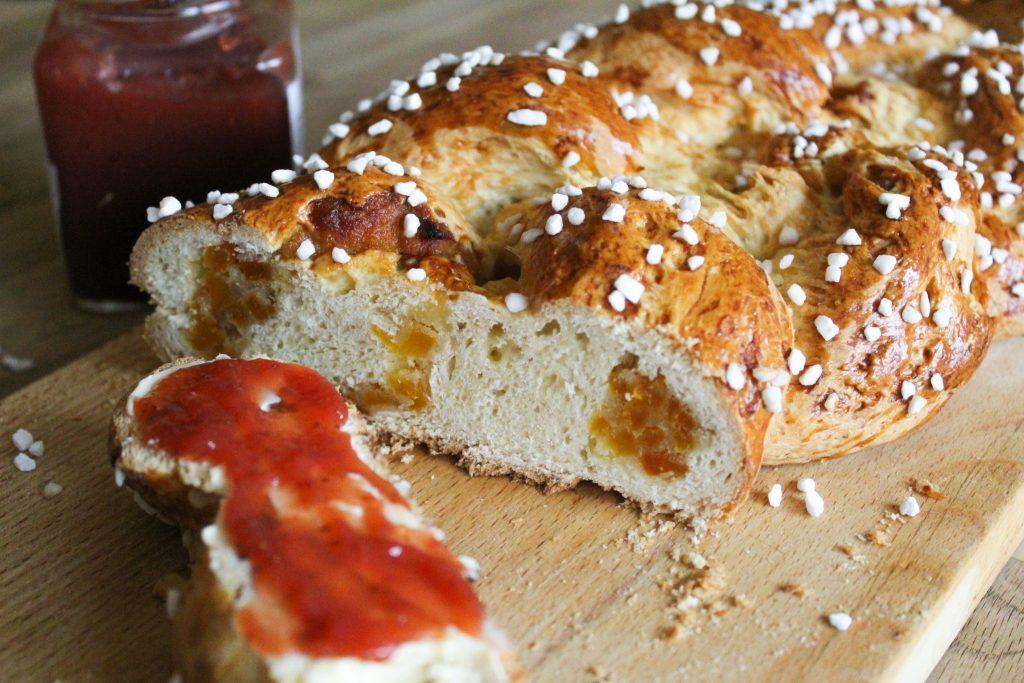 Rezept für Oster-Hefezopf eine Familientradition