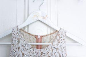 DIY Kleiderbügel zur Hochzeit, Upcycling