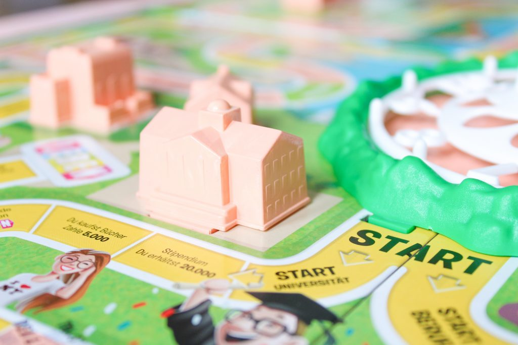 Anzeige: Spiel des Lebens als personalisiertes Hochzeitsgeschenk