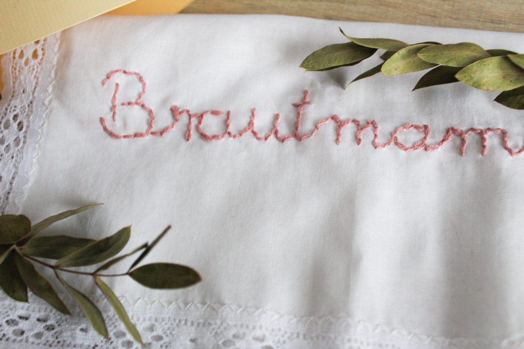 Besticktes Brautmama Taschentuch