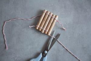 DIY Holzuntersetzer aus Holz selber machen als hyggelige Deko