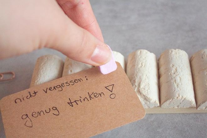 Pinnwand aus Korken mit Pinnnadeln – Tauschpaket