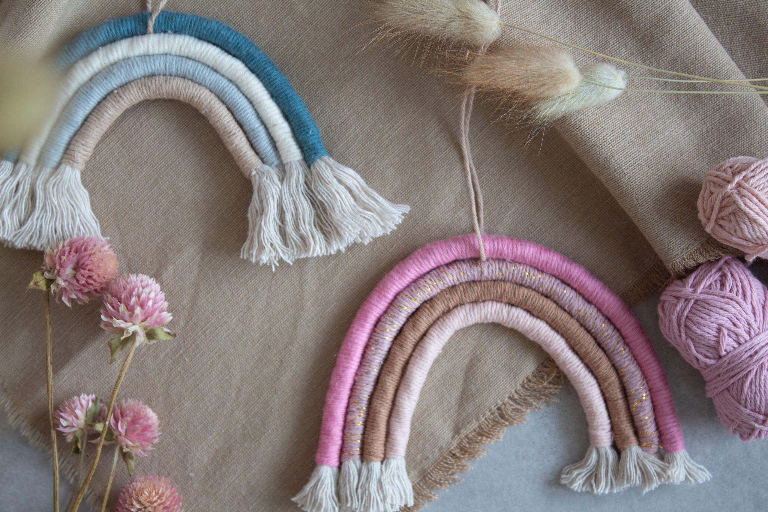 DIYs mit Wollresten: Makramee-Regenbogen
